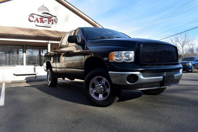 2005 Dodge Ram 2500 ST Pickup 4D 6 1/4 ft