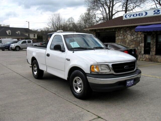 2000 Ford F-150 XL Reg. Cab Short Bed 2WD