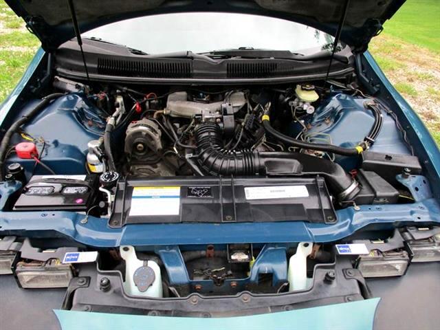 1995 Chevrolet Camaro 2dr Cpe 2SS