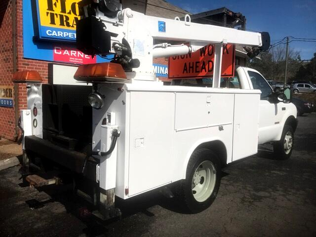 2003 Ford F-450 SD Regular Cab DRW 2WD