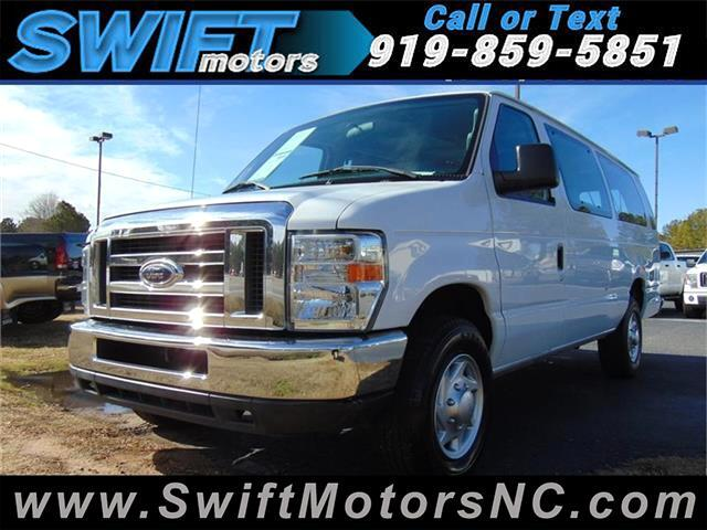 2011 Ford Econoline E-350 XL Super Duty Extended