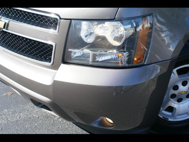 2013 Chevrolet Suburban LT 1500 2WD