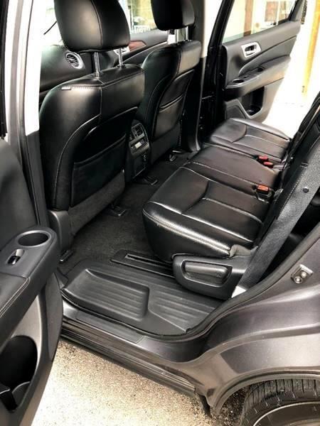 2015 Nissan Pathfinder SV 4WD