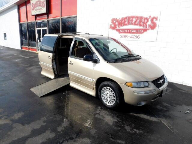 1998 Chrysler Town & Country LX