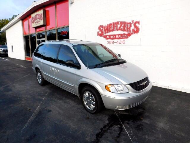 2004 Chrysler Town & Country Limited AWD