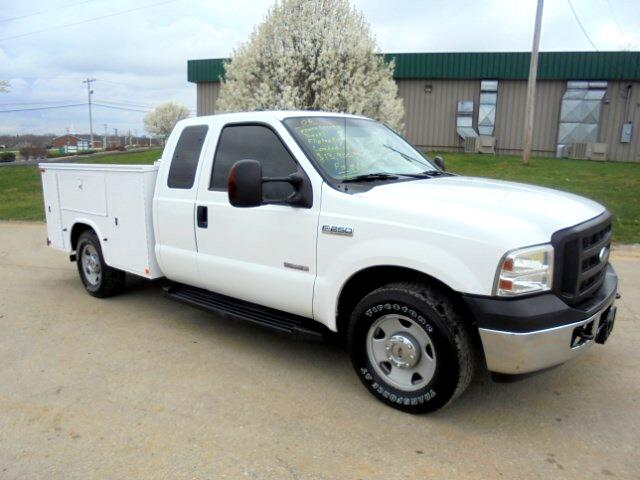 2006 Ford F-250 SD XLT SuperCab Long Bed 2WD