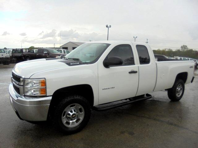 2011 Chevrolet Silverado 2500HD Work Truck Ext. Cab Long Bed 4WD