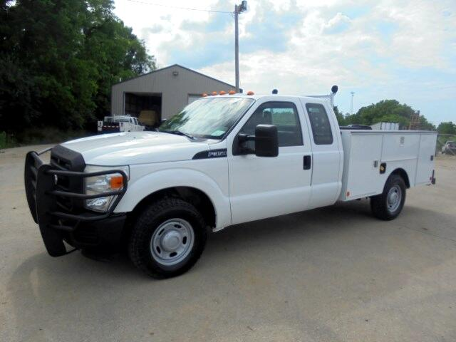 2011 Ford F-350 SD XL SuperCab Long Bed 2WD
