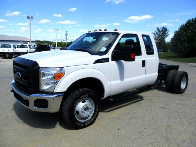 2013 Ford F-350 SD XLT SuperCab Long Bed DRW 4WD