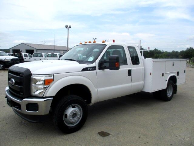 2012 Ford F-350 SD XL SuperCab Long Bed DRW 4WD