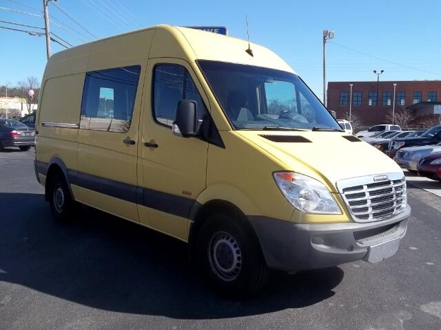 2010 Freightliner Sprinter 2500 144-in. WB