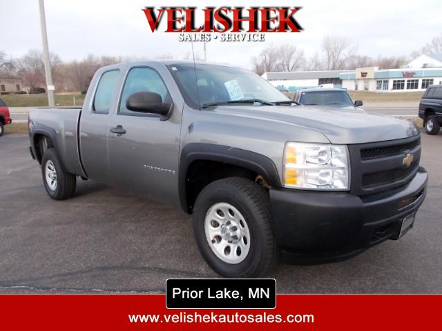2009 Chevrolet Silverado 1500 Ext. Cab 4-Door Short Bed 4WD