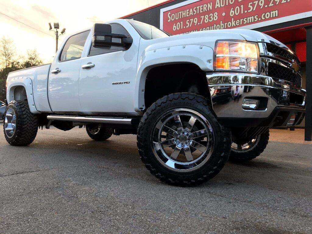 2013 Chevrolet Silverado 2500HD LT CREW CAB SHORT BED 4WD CUSTOM LIFTED