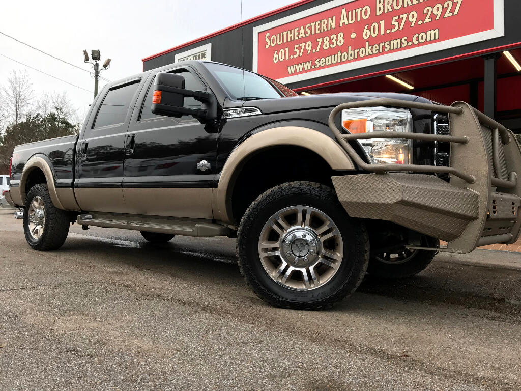 2013 Ford F-250 SD KING RANCH CREW CAB SHORT 4WD LEVELED