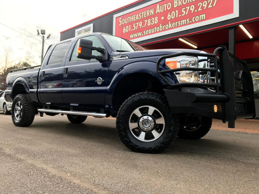 2012 Ford F-250 SD XLT CREW CAB SHORT BED 4WD LEVELED