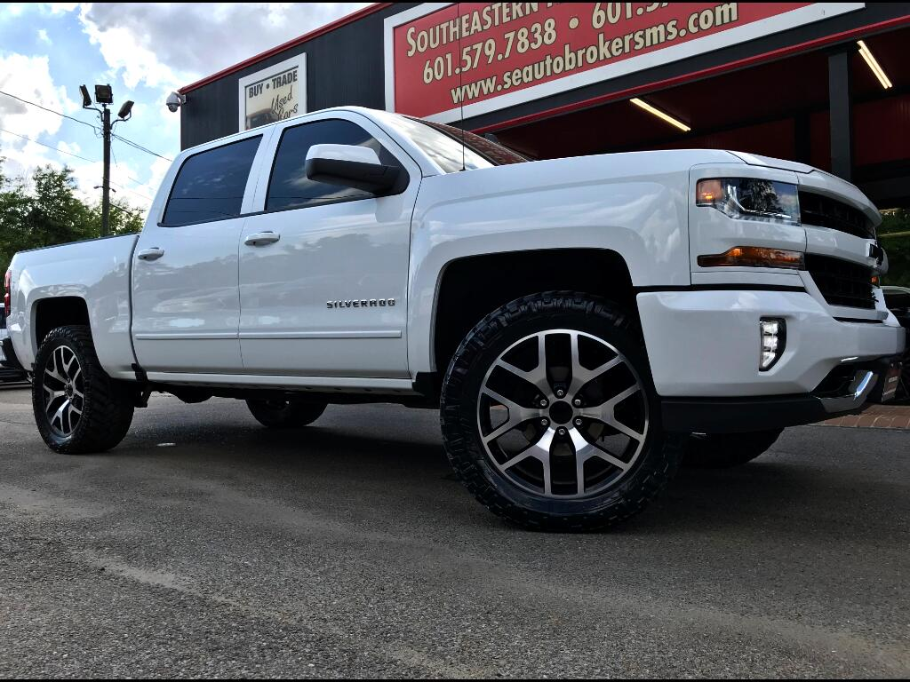 2018 Chevrolet Silverado 1500 LT CREW CAB SHORT BED 4WD LEVELED