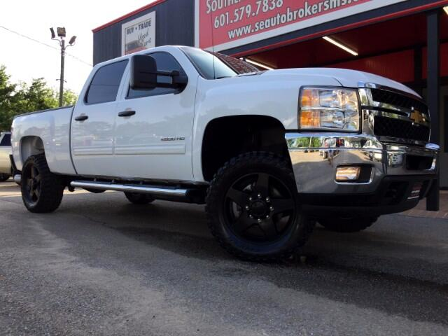 2014 Chevrolet Silverado 2500HD LT CREW CAB SHORT BED 4WD LEVELED