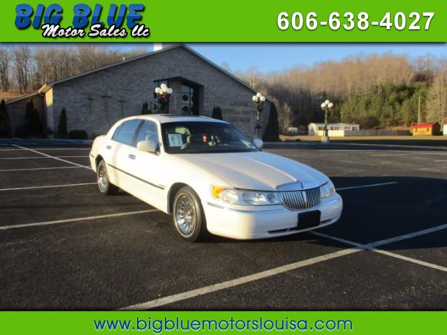 2002 Lincoln Town Car Cartier - Premium