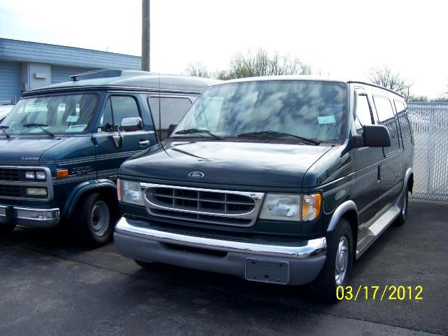 2001 Ford Econoline Cargo E-150 RECREATIONAL