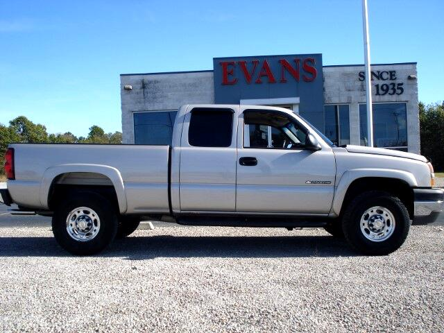 2005 Chevrolet Silverado 2500HD LS Ext. Cab Short Bed 2WD