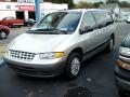 2000 Chrysler Grand Voyager SE