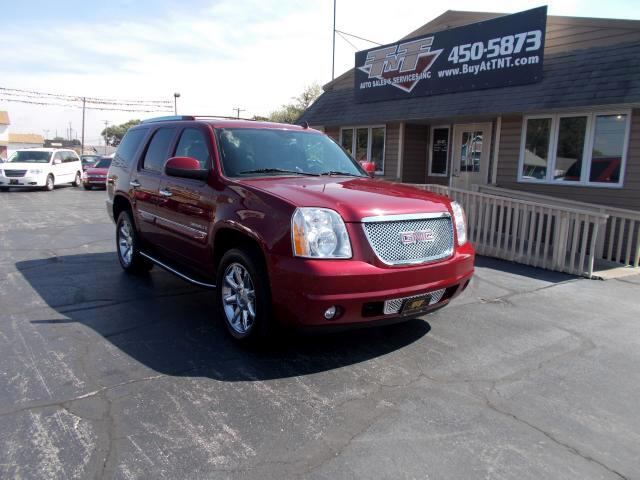2008 GMC Yukon Denali FULLY LOADED AINT SHE PRETTY LUXURY AT MORE THAN HALF THE PRICE OF A N