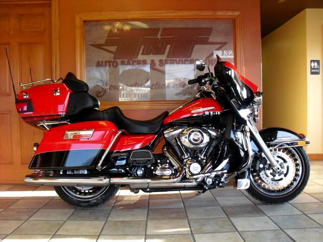 2010 Harley-Davidson FLHTK BEATIFUL HIGHWAY CRUISER THIS 2010 ELECTRA GLIDE ULTRA LIMITED COMES WIT