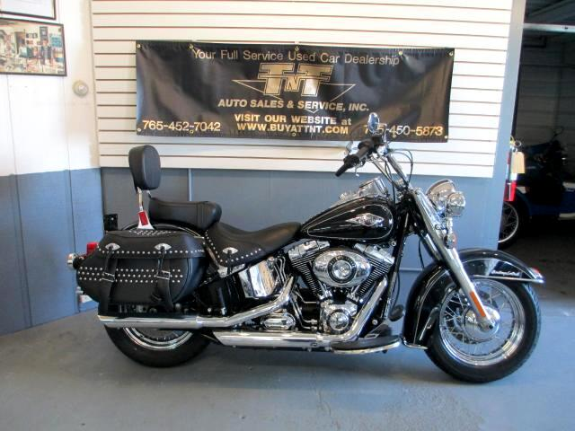 2012 Harley-Davidson FLSTCI BEAUTIFUL BIKE BRAND SPANKIN NEW ONLY 2000 MILES THIS 2012 HERITA