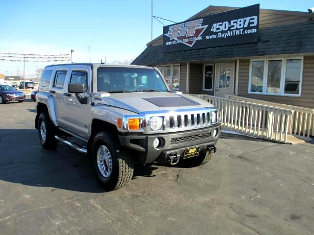2006 HUMMER H3 LOCAL TRADE-IN THIS ONE HAS BEEN BABIED DONT LET THE MILES FOOL YOU THIS ONE