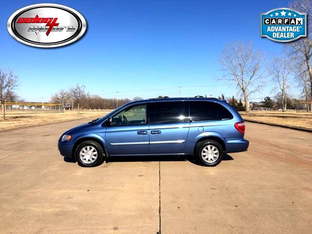 2007 Chrysler Town & Country Touring