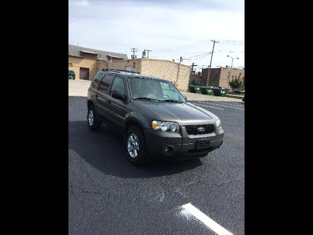 2005 Ford Escape XLT 2WD