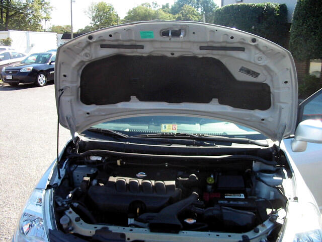 2010 Nissan Versa 1.8 S Sedan