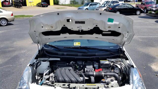 2013 Nissan Versa 1.6 S 4A