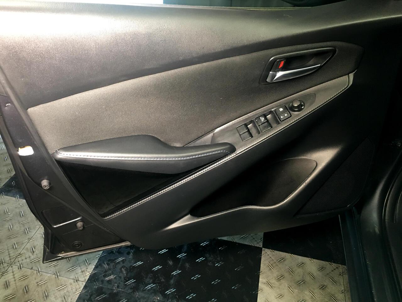 Pre-Owned 2016 Scion iA 4dr Sdn Man (Natl)
