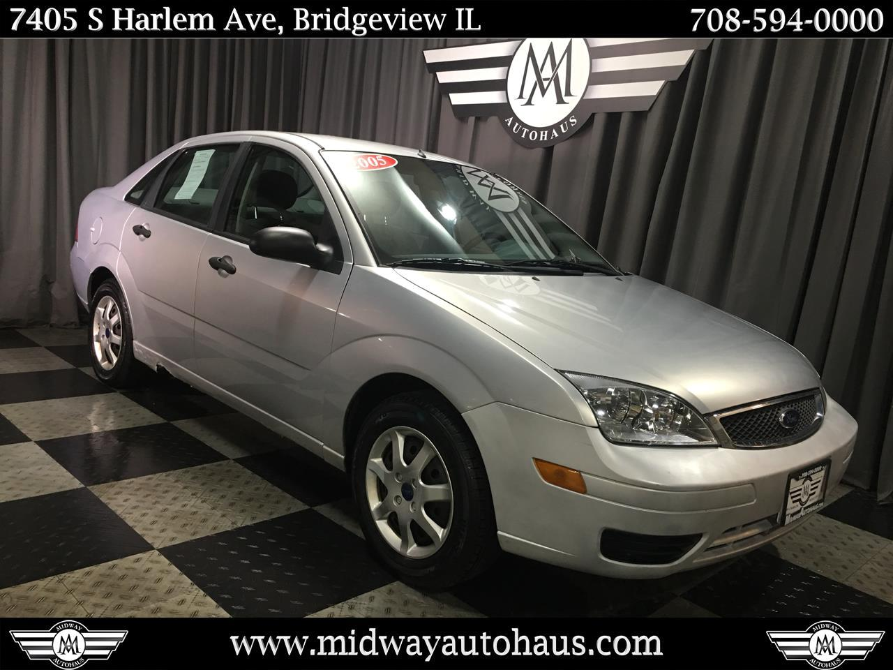 Pre-Owned 2005 Ford Focus 4dr Sdn ZX4 S