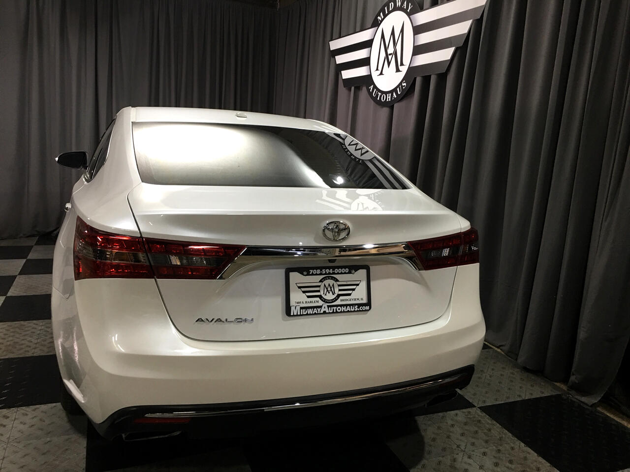 Pre-Owned 2016 Toyota Avalon 4dr Sdn Limited (Natl)