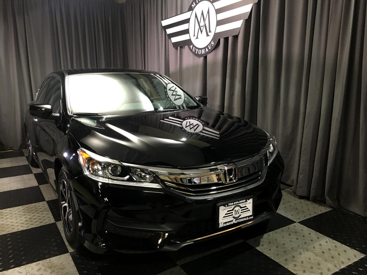Pre-Owned 2017 Honda Accord LX CVT