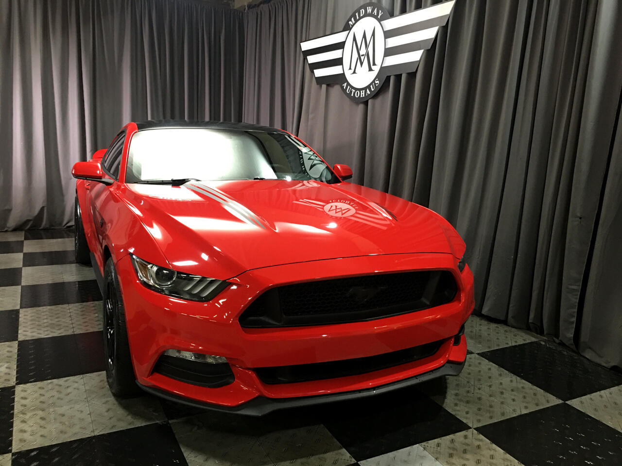 Pre-Owned 2017 Ford Mustang 2dr Coupe
