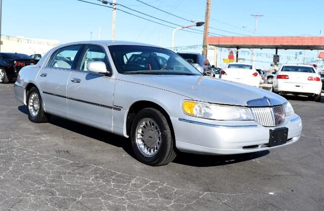 used 2000 lincoln town car cartier for sale in mt sterling ky 40353 oldfield 39 s used cars. Black Bedroom Furniture Sets. Home Design Ideas