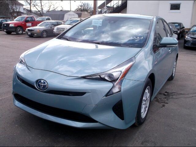 2018 Toyota Prius 5dr HB Three (Natl)