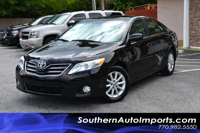 2011 Toyota Camry XLE WPUSH BUTTON STARTONE OWNERCLEAN CARFAX CERTIFIEDCALL US NOW AT 866-2