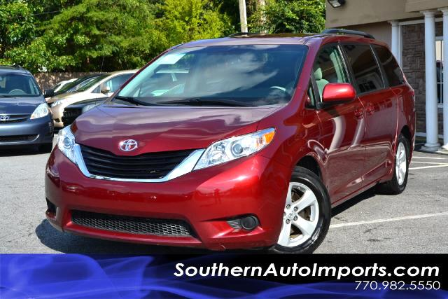 2011 Toyota Sienna LE MODELONE OWNERCLEAN CARFAX CERTIFIEDPLEASE CALL US AT 866-210-0391 TO
