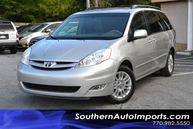 2008 Toyota Sienna SIENNA XLECLEAN CARFAX CERTIFIEDPLEASE CALL US AT 866-210-0391 TO DRIVE THI