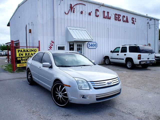 2006 Ford Fusion Visit Nicholsons College Cars online at wwwnicholsoncarscom to see more pictures