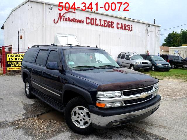 2004 Chevrolet Suburban Visit Nicholsons College Cars online at wwwnicholsoncarscom to see more p