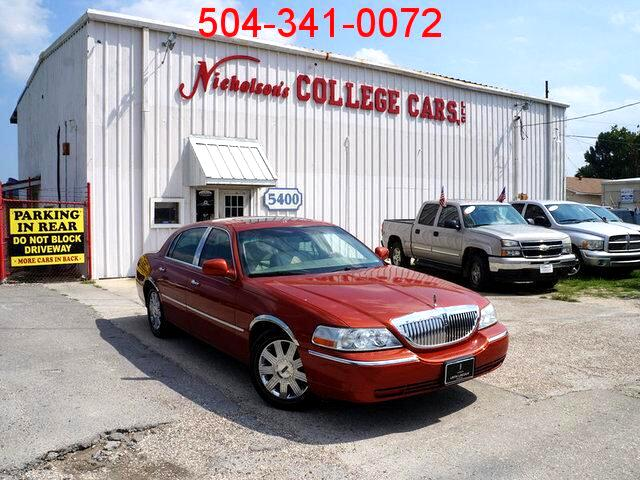 2003 Lincoln Town Car Visit Nicholsons College Cars online at wwwnicholsoncarscom to see more pic