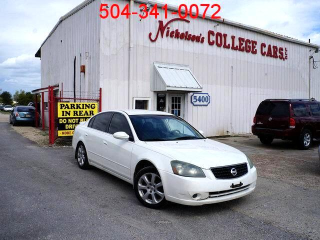 2006 Nissan Altima Visit Nicholsons College Cars online at wwwnicholsoncarscom to see more pictur