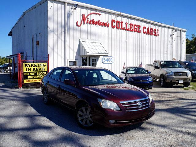 2007 Toyota Avalon Visit Nicholsons College Cars online at wwwnicholsoncarscom to see more pictur