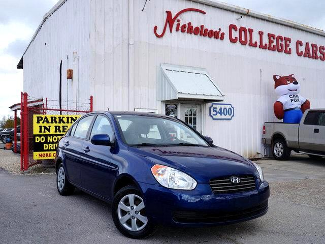 2010 Hyundai Accent Visit Nicholsons College Cars online at wwwnicholsoncarscom to see more pictu