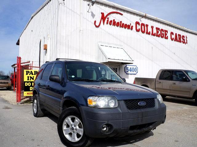 2005 Ford Escape Visit Nicholsons College Cars online at wwwnicholsoncarscom to see more pictures